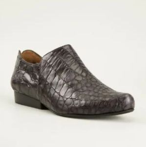 Tracey Neuls Sing Croc Pattern Leather Loafers